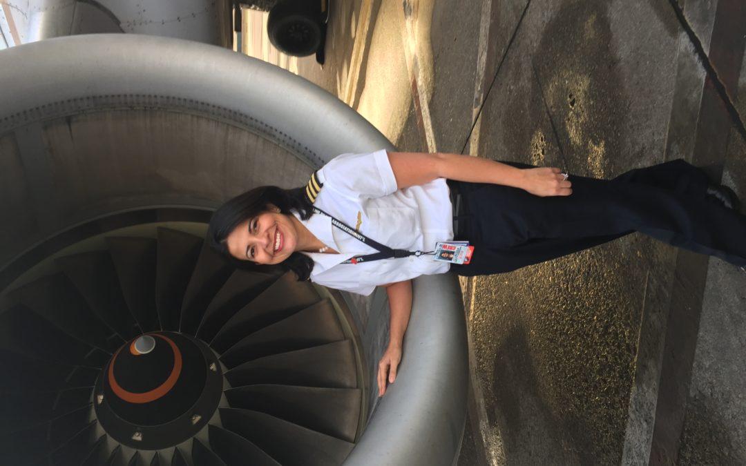 El 5% de los pilotos del mundo son mujeres. Claudia Zapata-Cardone es una de ellas